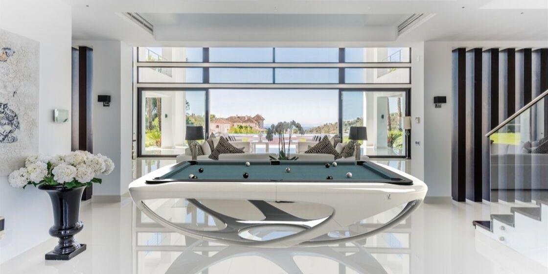 Billiard - Pool table - Design - Luxury - Modern - Whitelight