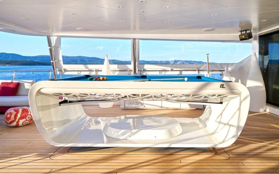 Pool table Blacklight Luxury yacht - Billards Toulet